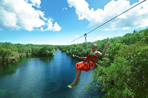 the best zip line cenotes labnaha.